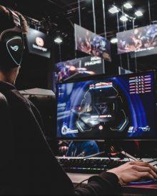 Đánh Giá Chuột Chơi Game FPS tốt nhất 2021 – Những Điều Bạn Cần Lưu Ý Trước Khi Mua Chuột FPS